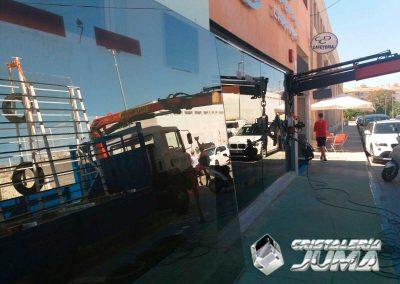 Cambio vidrio seguridad escaparate CDC - Caravaca