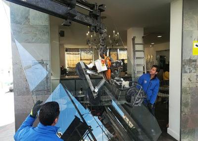 Sustitución Vidrio Seguridad Grandes Dimensiones Cafetería Horno