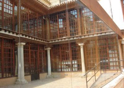 Frente vidrio laminar reflex casa de la cruz - Caravaca de la Cruz