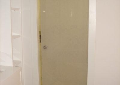 puerta-corredera-aerea-vidrio-con-lino