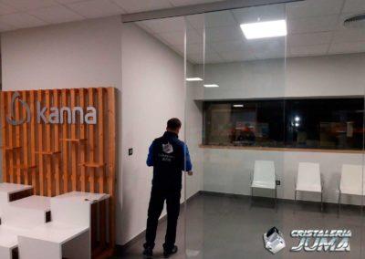 Separación oficinas Calzados Kanna