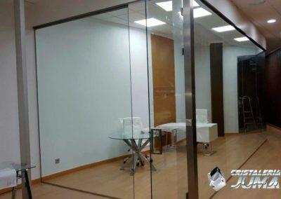 Separación de Cristal en oficinas Inmocruz