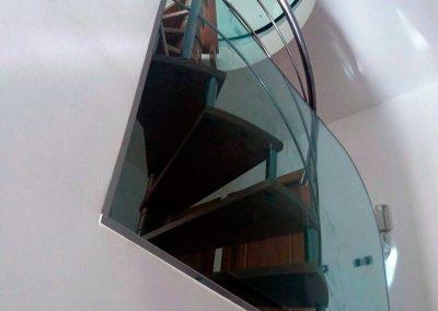 Cerramiento de Cristal para escalera de Caracol
