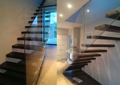 Escalera volada con cristal