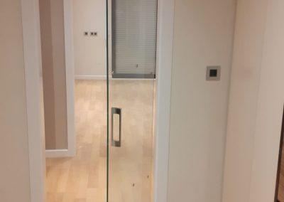 Puerta de cristal para vivienda